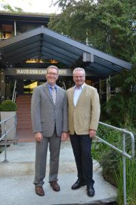 Dr. Robert Kloos (rechts), designierter Hauptgeschäftsführer des BGL zusammen mit Präsident August Forster.