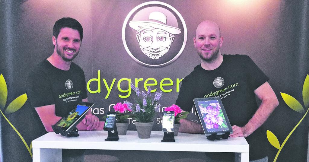 Gründer Andreas Burger (links) und Programmierer Philipp Grosswiler stecken hinter der Schweizer Pflanzenapp AndyGreen.Fotos: AndyGreen