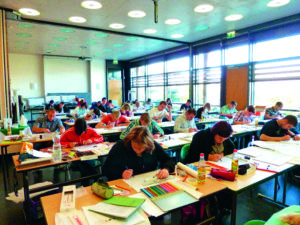 Planzeichnen an der Lehr- und Versuchsanstalt Gartenbau (LVG) Erfurt.